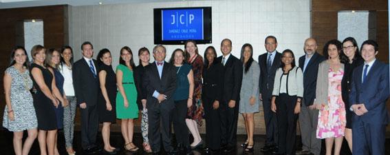 Fundación Pro Bono República Dominicana y el Centro de Orientación e Investigación Integral (COIN) forjan alianza